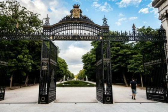 The Retiro Park a obliged tourist visit in Madrid