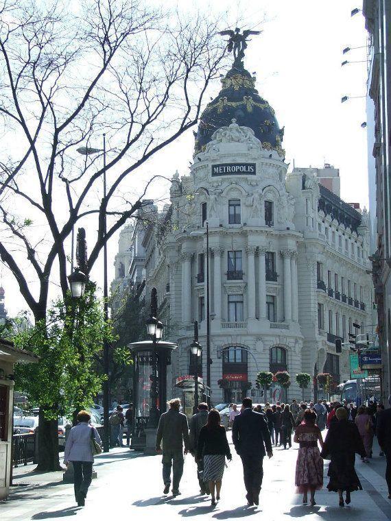 The Metrópolis Building